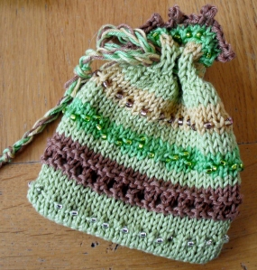 Beaded knitted pouch